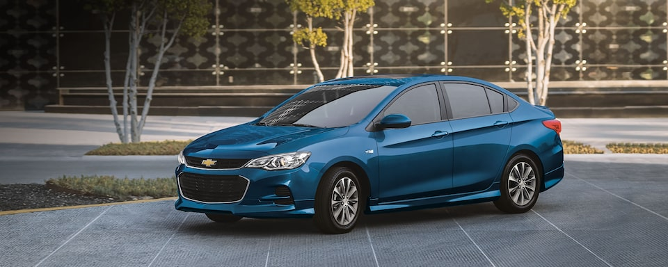 Chevrolet Cavalier 2020 auto familiar color azul eléctrico